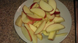 Slice fresh apples