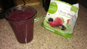 Organic frozen berries & RAW protein